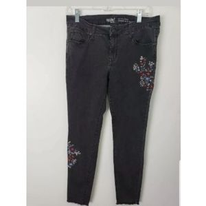 ❤ Mossimo Embroidered Raw Hem Skinny Jeans